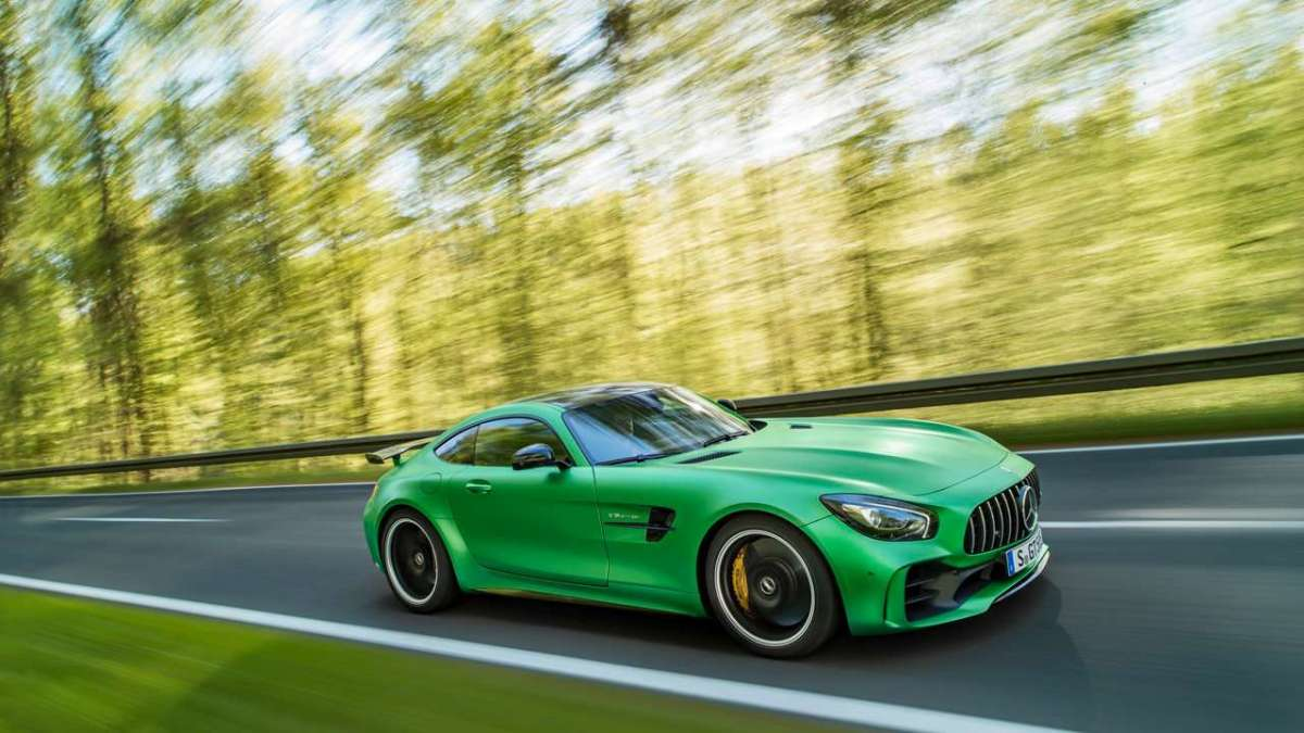 Mercedes-AMG GT R laterale anteriore