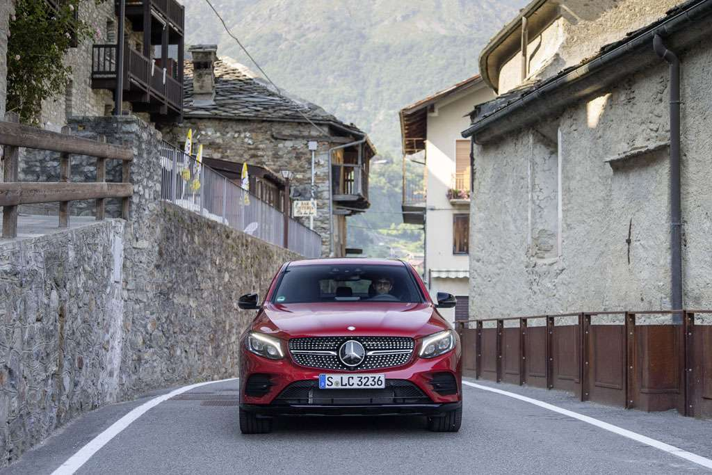 Mercedes GLC Coupé anteriore