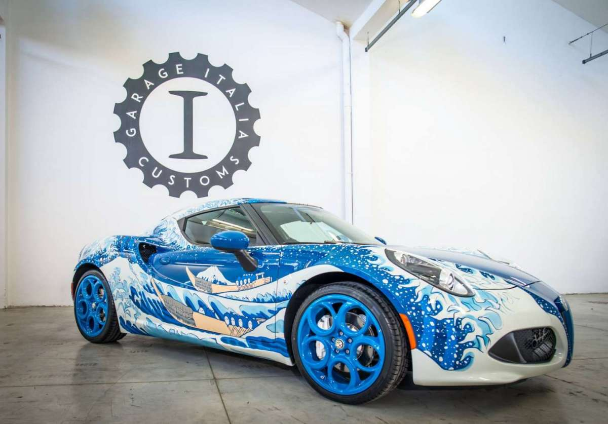 Alfa Romeo 4C Garage Italia Customs La Grande Onda