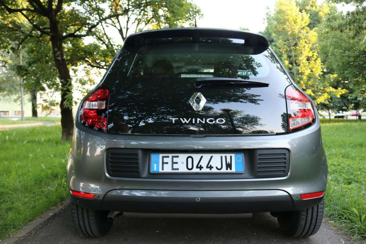 Vista posteriore Renault Twingo Lovely