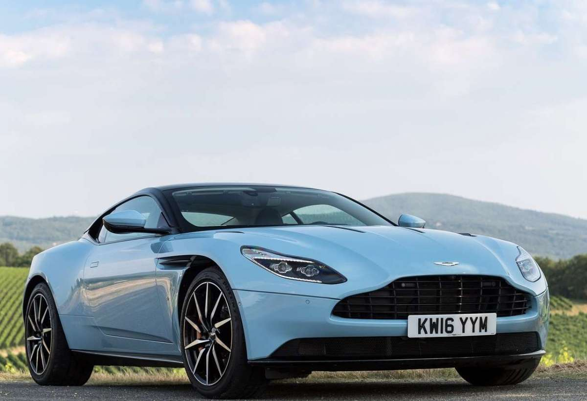 Aston Martin DB11 Frosted Glass Blue