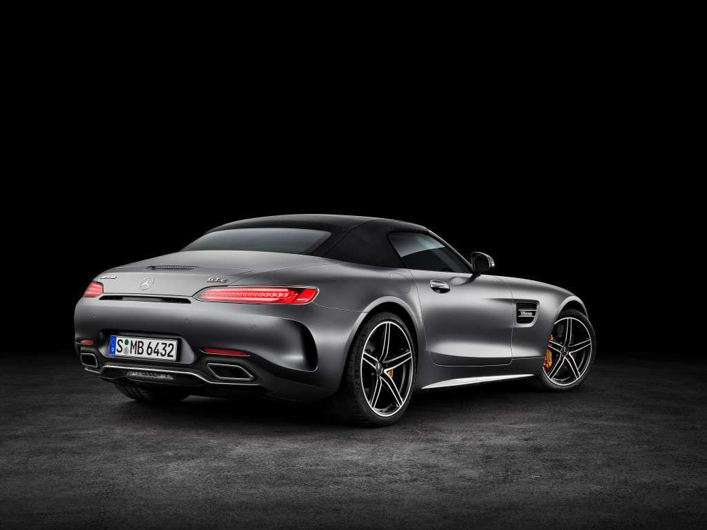Mercedes AMG GT C Roadster, scarico