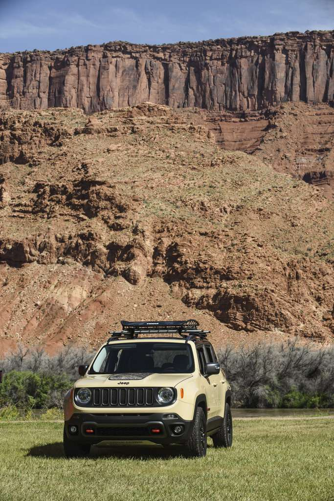 Jeep Renegade Desert Hawk muso