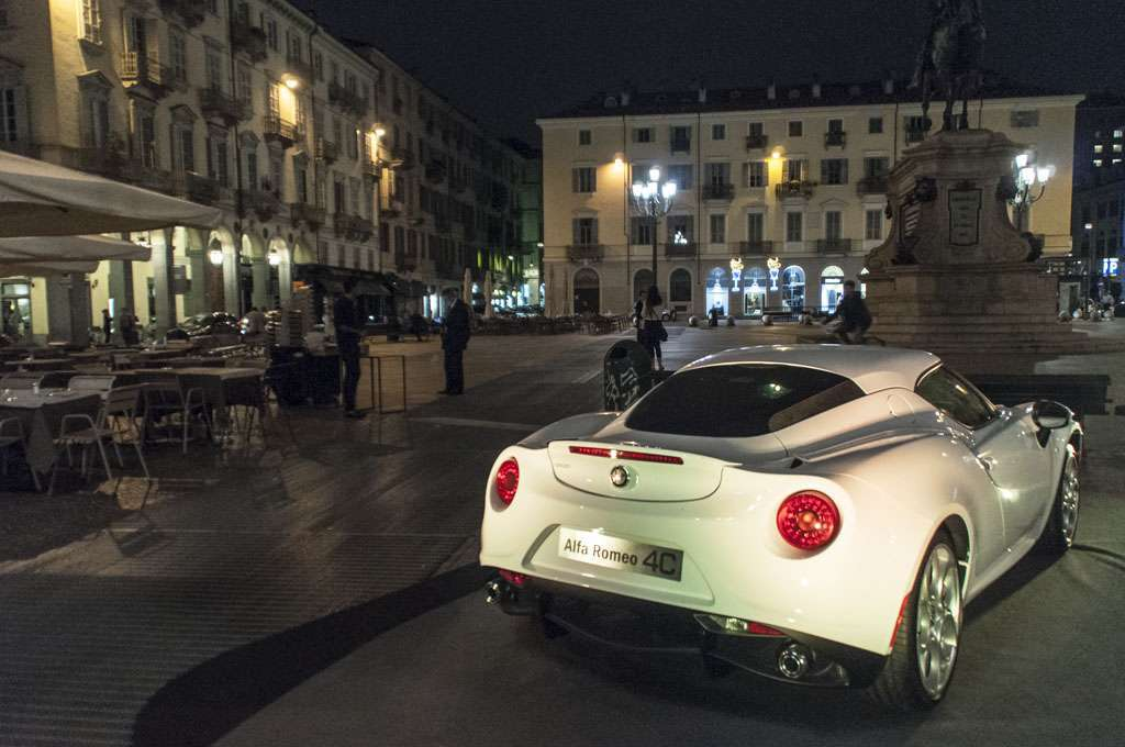 Alfa Romeo 4C The Red Table Torino