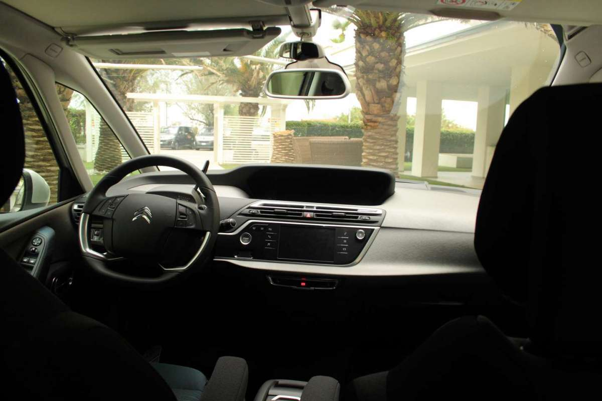 Citroen Grand C4 Picasso, il cruscotto