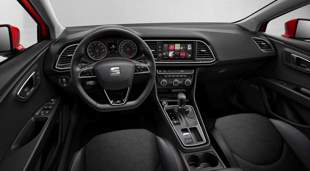 Seat Leon restyling 2017, abitacolo