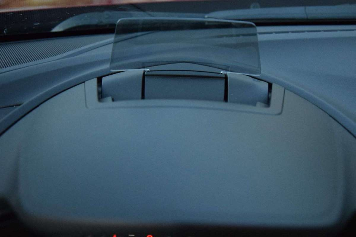 Mazda 3 head up display