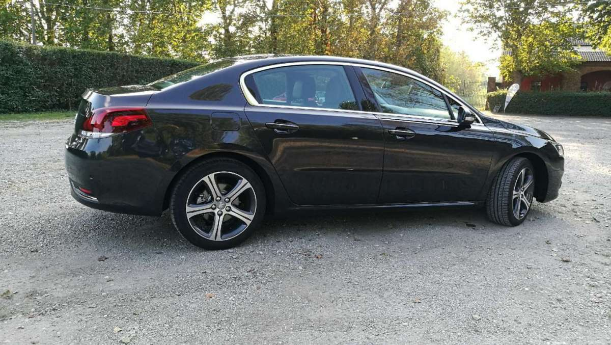 Peugeot 508 berlina dimensioni
