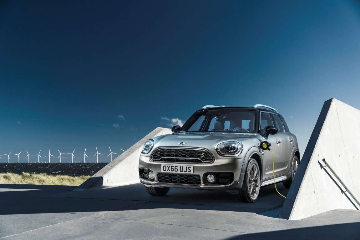 Nuova Mini Countryman ibrida plug-in