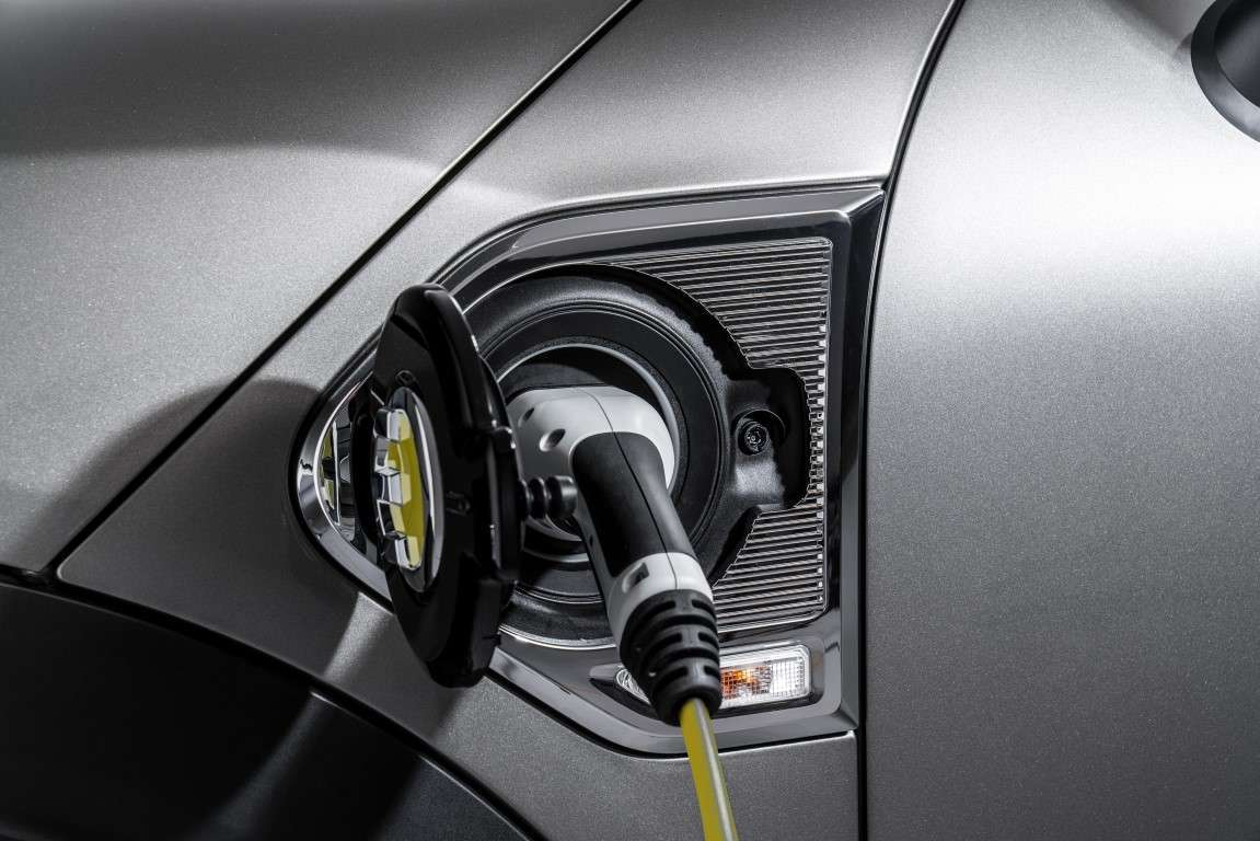 Tempi di ricarica batterie su Mini Countryman ibrida plug-in