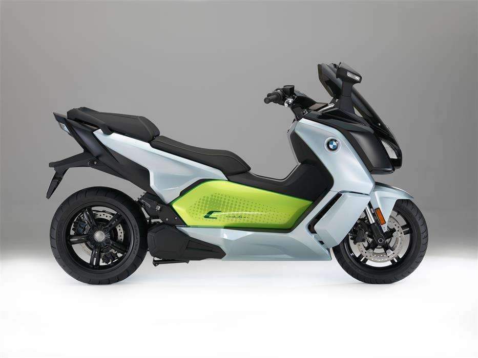 BMW C evolution MY 2017 fianco
