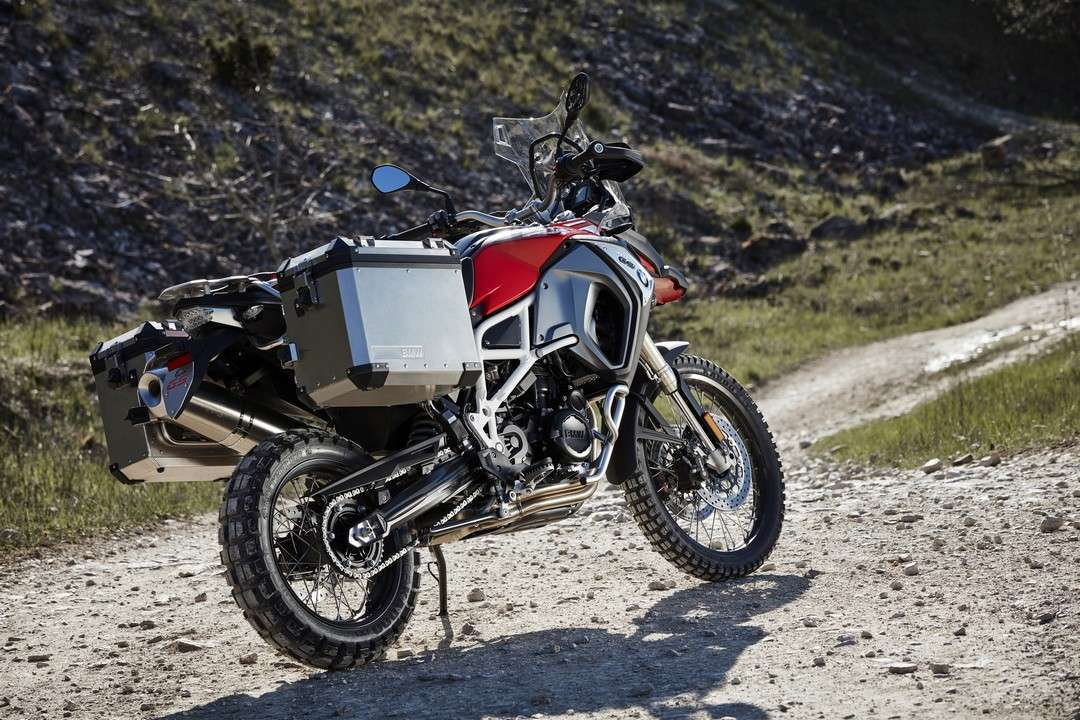 BMW F 800 GS Adventure posteriore