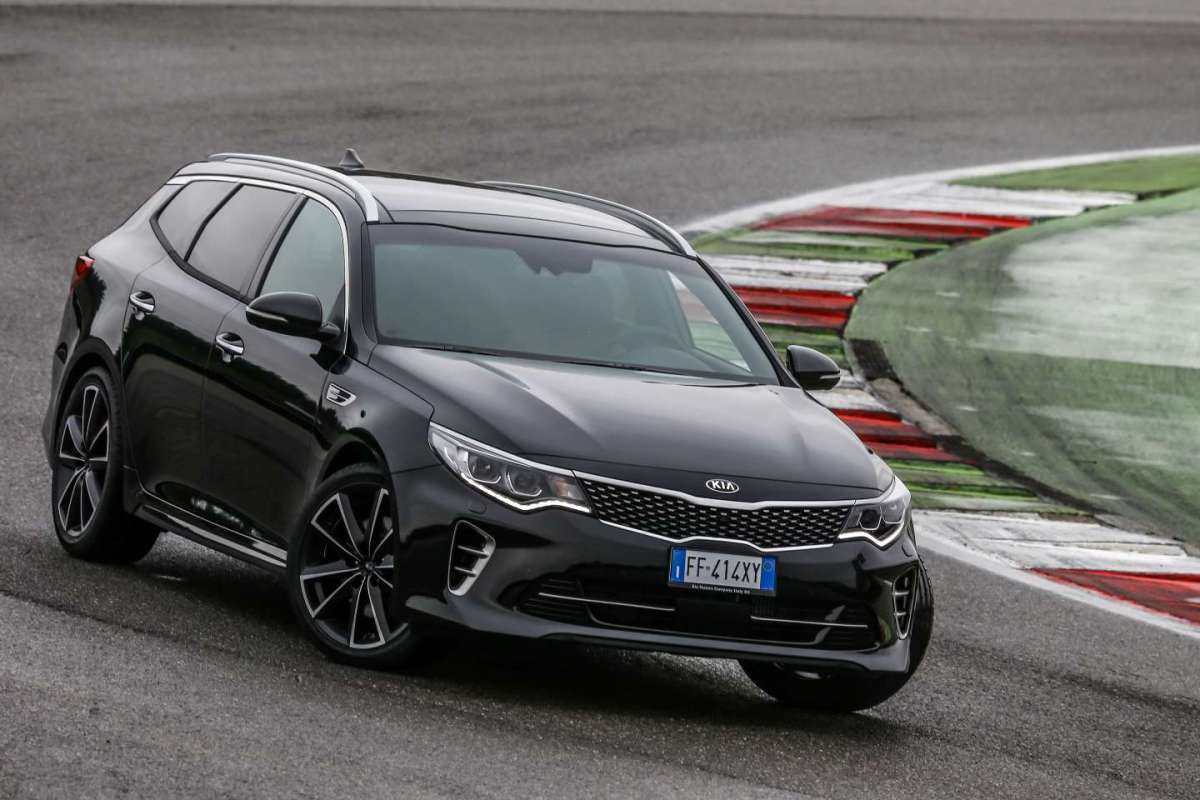 Kia Optima Sportswagon GT 2016