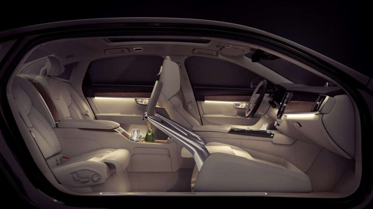 Volvo S90 Excellence con Lounge Console