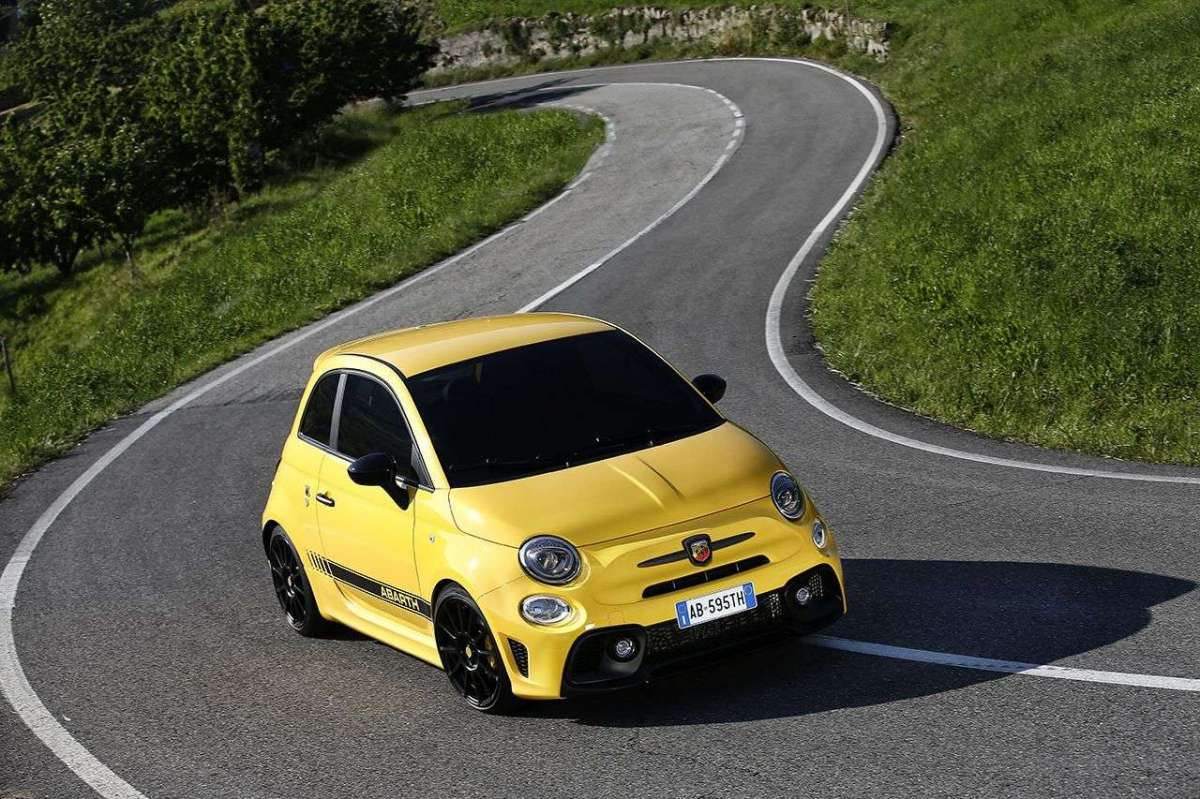 Abarth 595 frontale