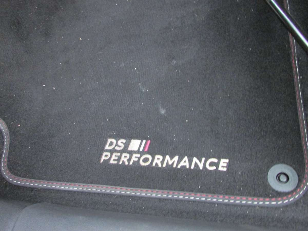 Ricamo DS Performance tappetini