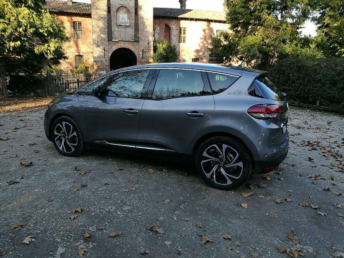 Renault Scenic Tce 2016 superfici vetrate