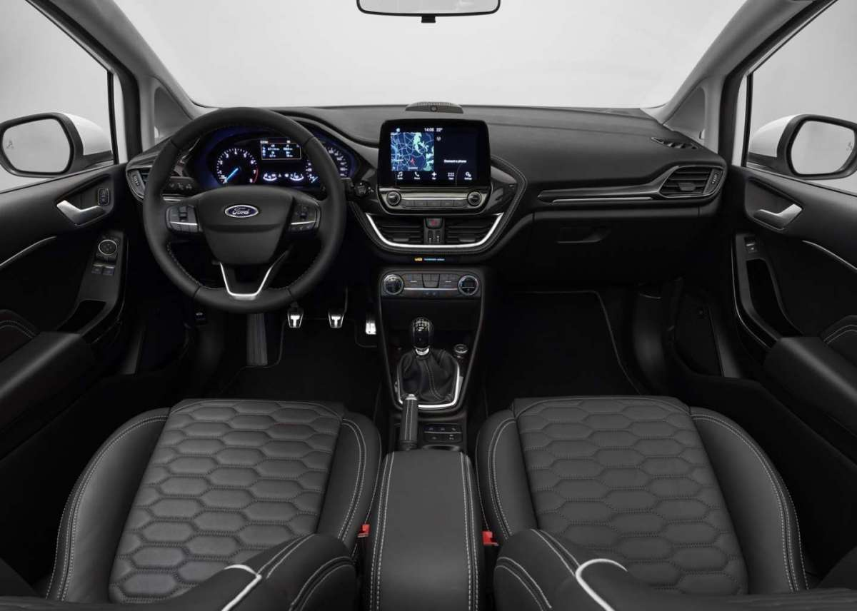 Ford Fiesta 2017 interni