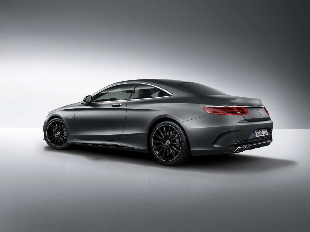 Mercedes Classe S Coupé Night Edition posteriore