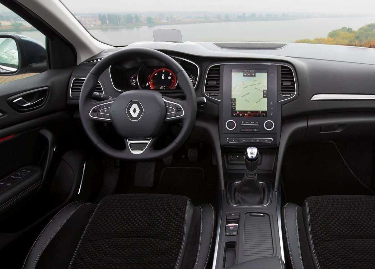 renault megane sedan 2017 interni