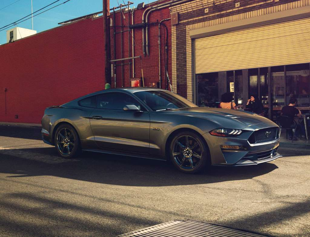 Ford Mustang 2018 design anteriore