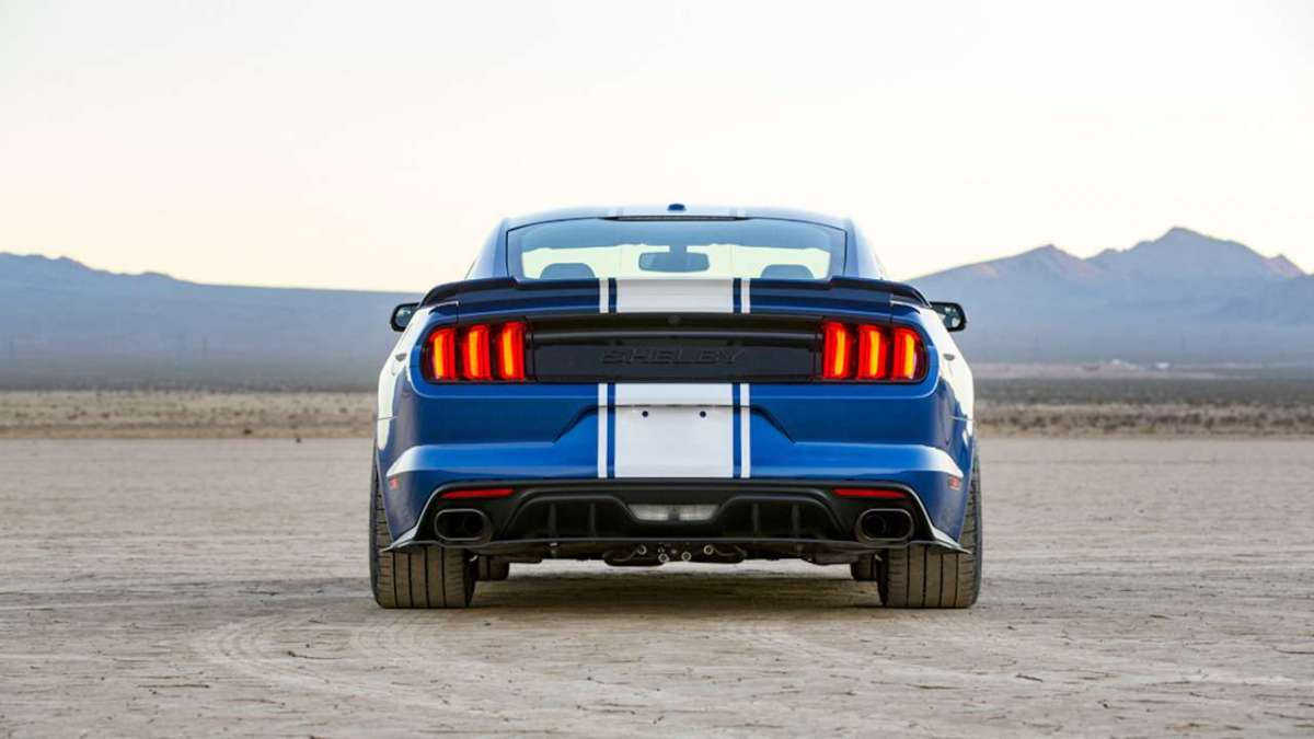 Ford Mustang Shelby 50th Anniversary posteriore