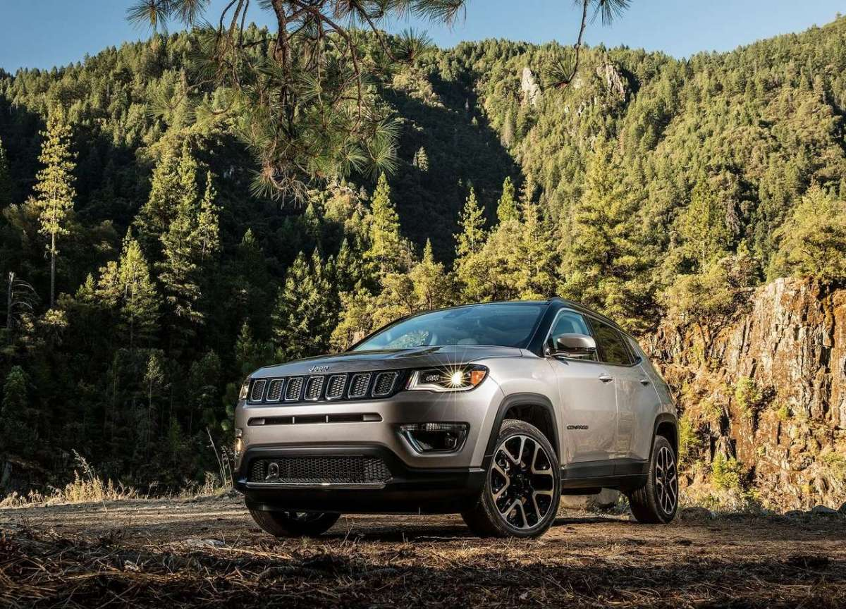 Frontale Nuova Jeep Compass 2018