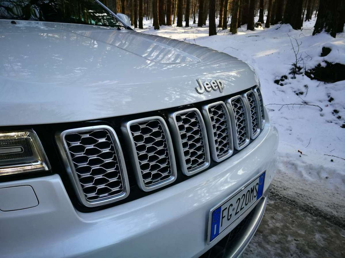 Mascherina Jeep Grand Cherokee 2017