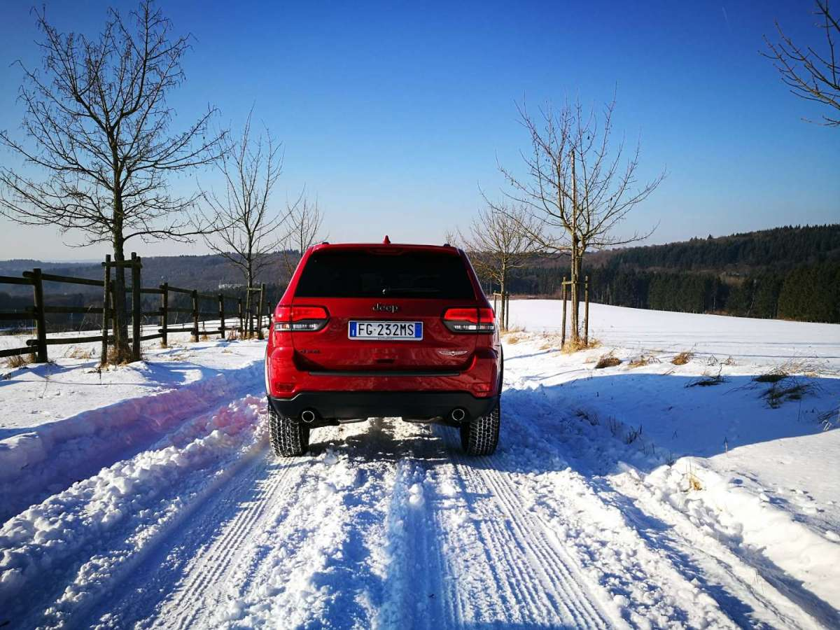 Test drive Jeep Grand Cherokee Trailhawk