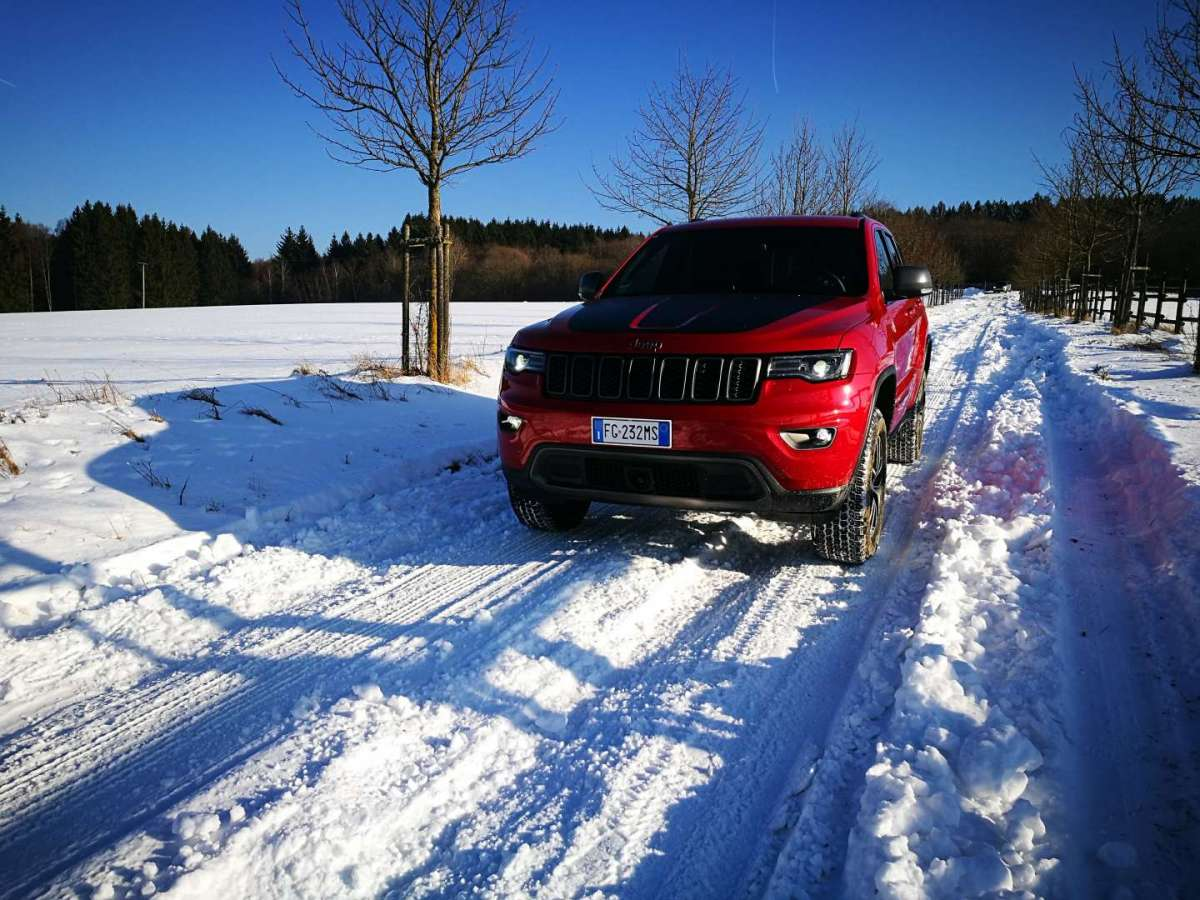 Jeep Grand Cherokee Trailhawk prova in offroad