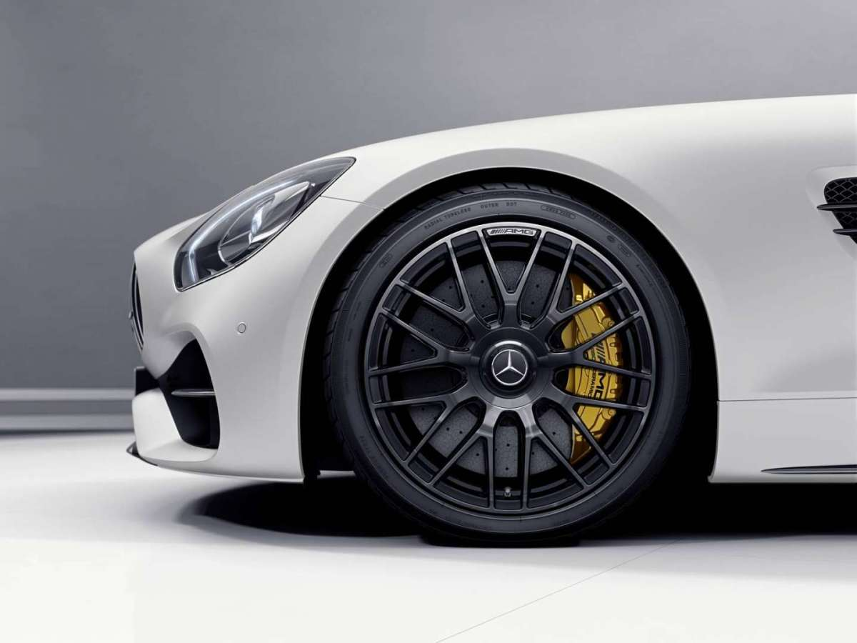 Mercedes AMG GT C Roadster Edition 50 freni