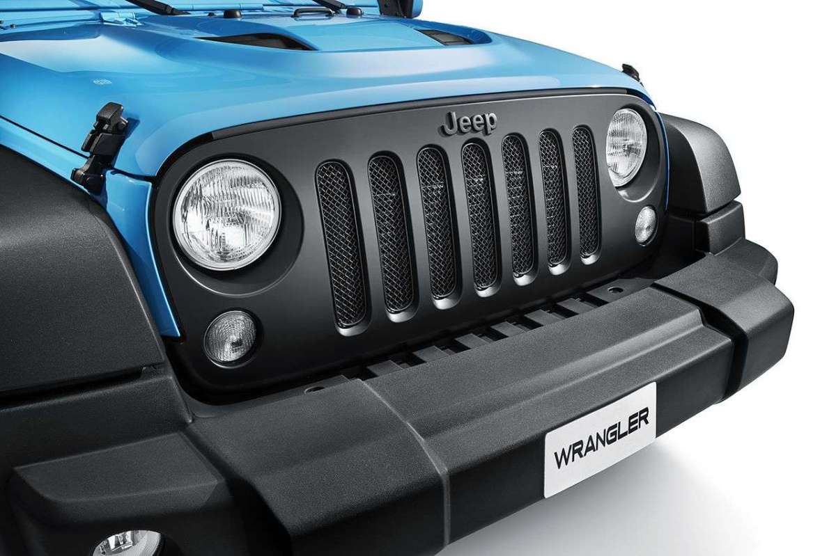 Jeep Wrangler Mopar One mascherina