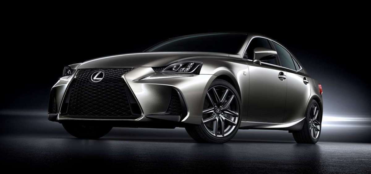 Lexus IS restyling 2017