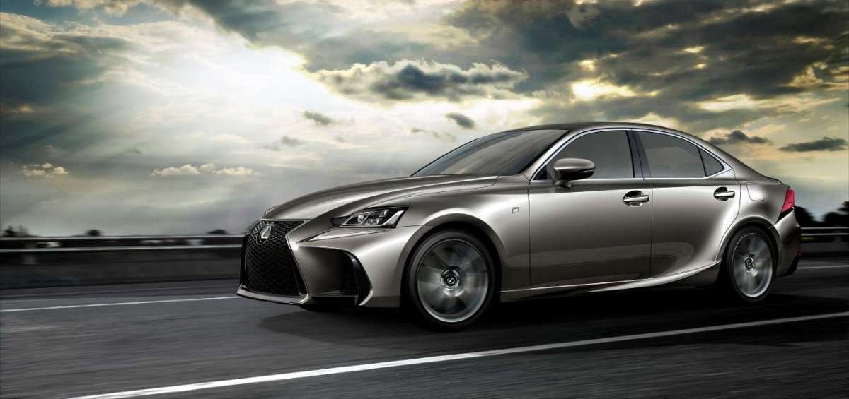 Lexus IS restyling frontale
