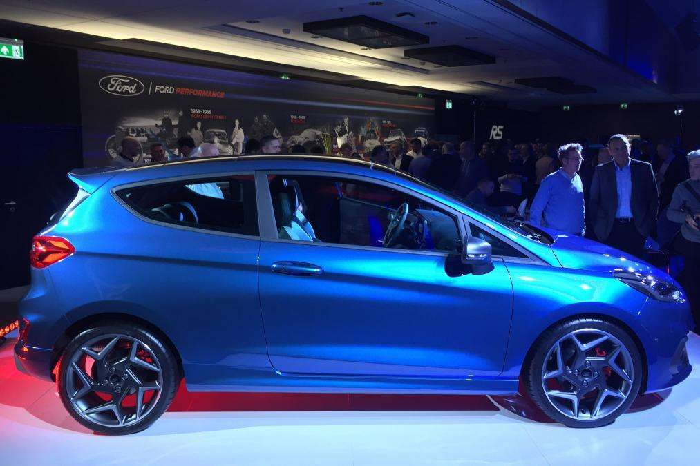 Ford Fiesta ST laterale Ginevra