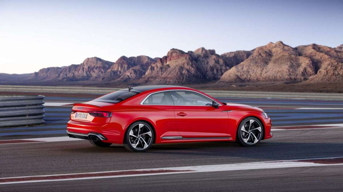 Laterale Audi RS5 2017