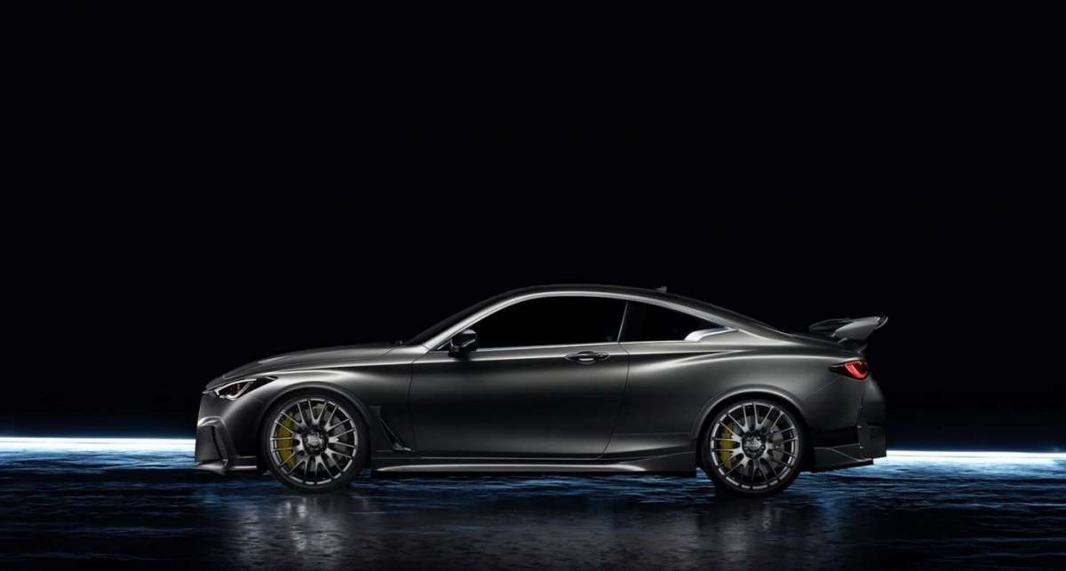 Infiniti Q60 Project Black S dimensioni