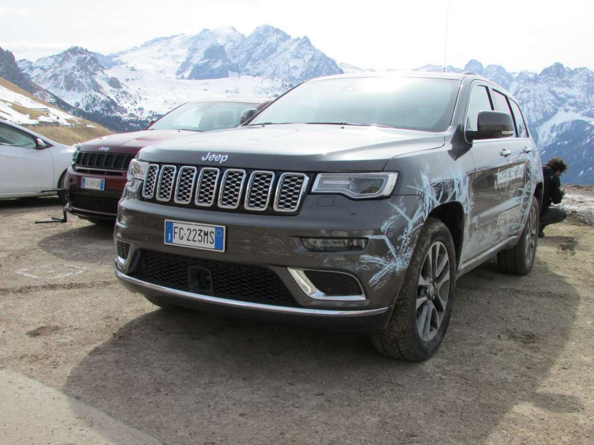 Jeep Grand Cherokee 3.0 V6 CRD 250cv Summit, prova su strada