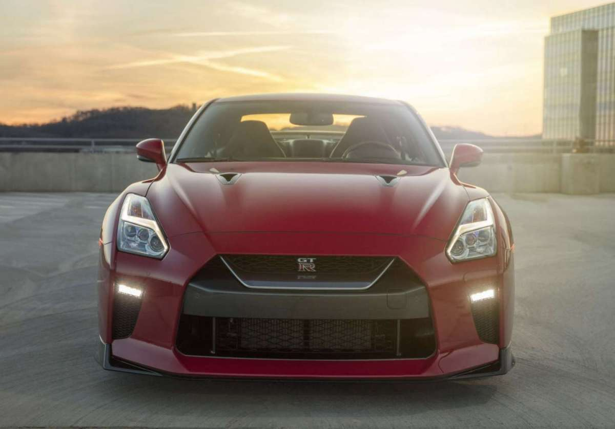 Nissan GT-R Track Edition 2017 frontale