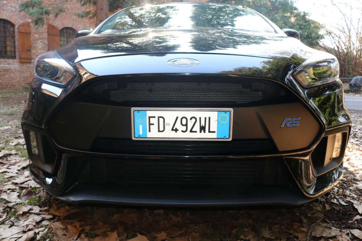 Caratteristiche Ford Focus RS