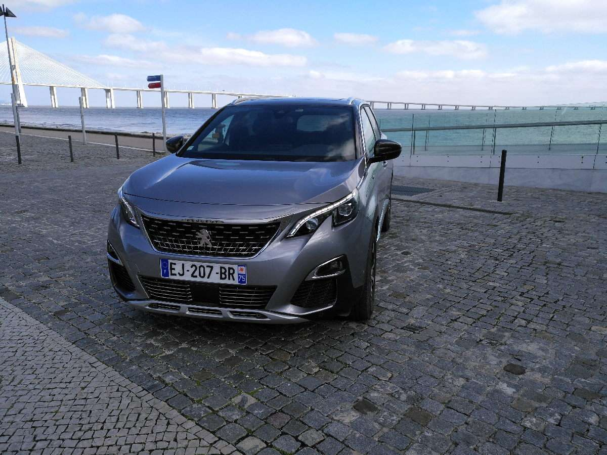 Peugeot 5008 2017 suv crossover