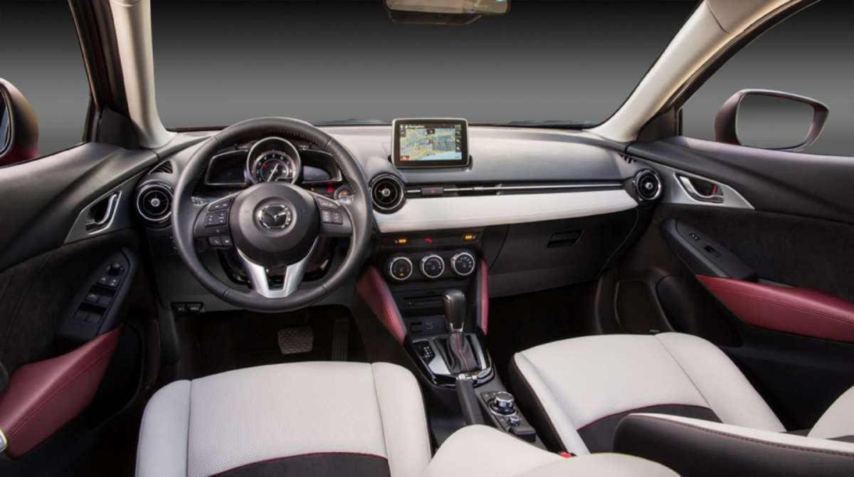 Mazda CX-3 interni