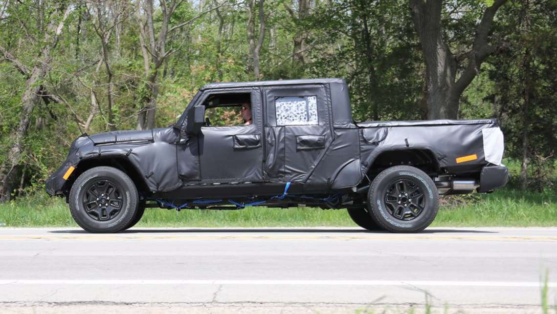Jeep Wrangler pickup dimensioni