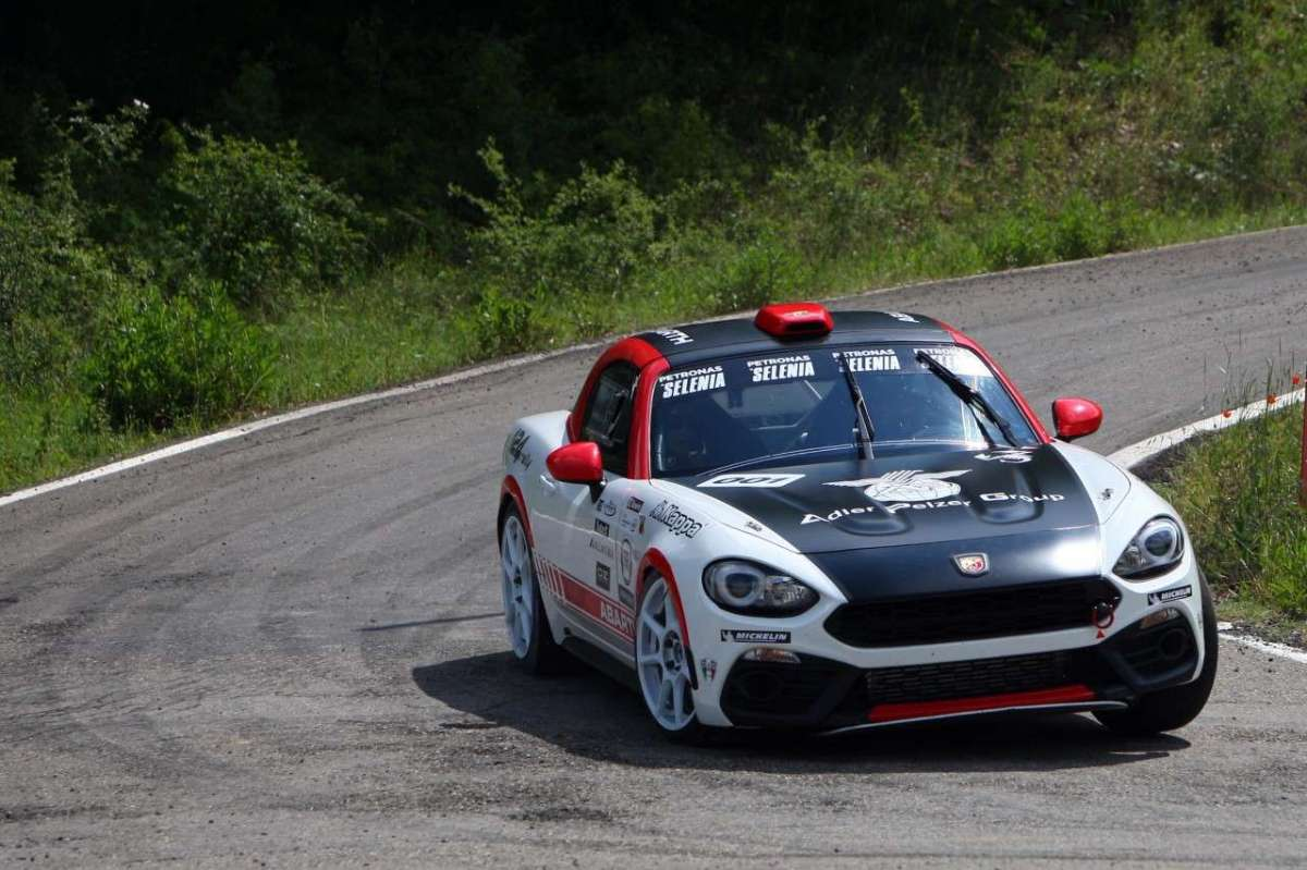 Abarth 124 Rally in pista