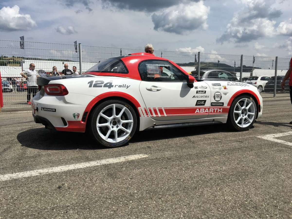 Abarth 124 Rally pronta allo start