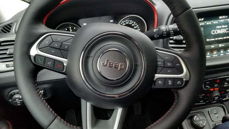 Jeep Compass volante