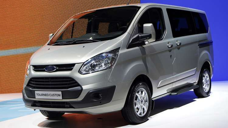 Ford Tourneo Custom, in mostra