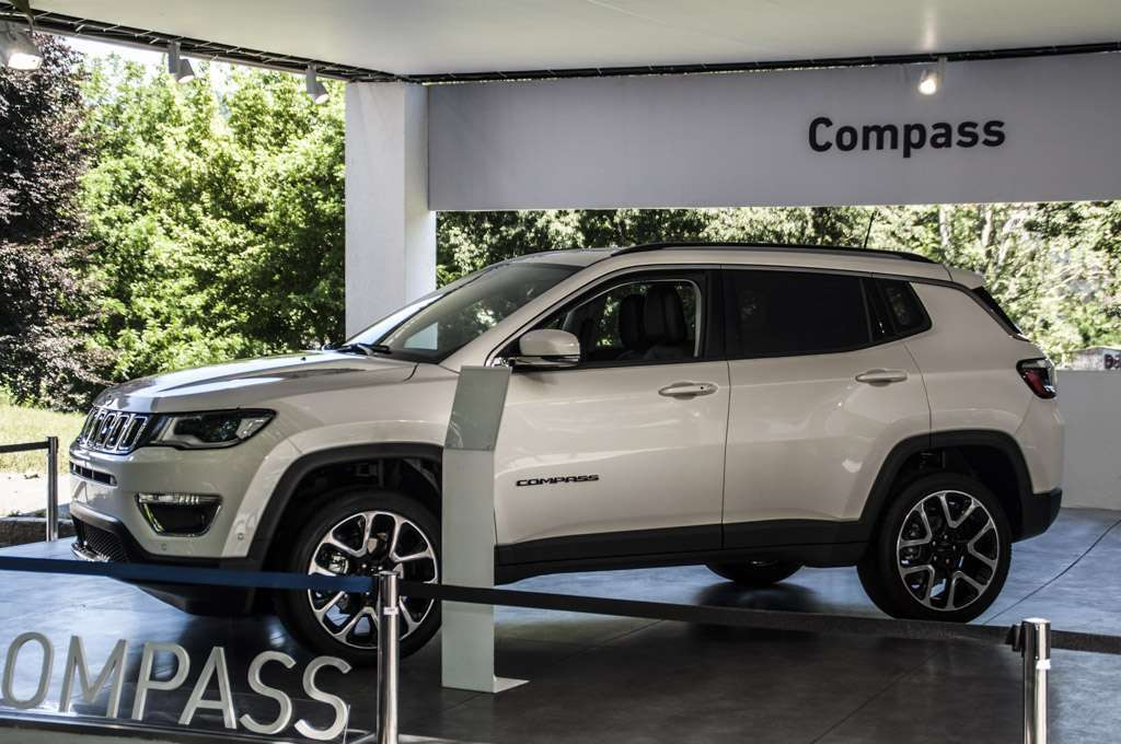 Parco Valentino 2017 Jeep Compass