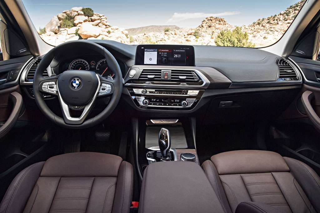 BMW X3 xDrive30d 2018 interni plancia