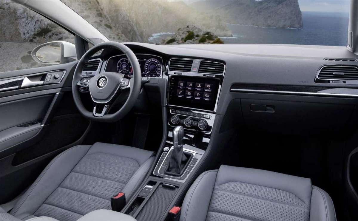 Volkswagen Golf Variant TGI BlueMotion Technology interni